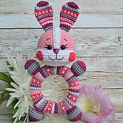 Куклы и игрушки handmade. Livemaster - original item The Bunny Is a rattle on wooden ring crochet. Handmade.