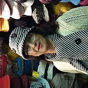"""Аксессуары ручной работы. Ярмарка Мастеров - ручная работа `КЛОД С ПУГОВИЦАМИ""""шляпа  полосатая черно-белая из кашемира с шарфом. Handmade."""