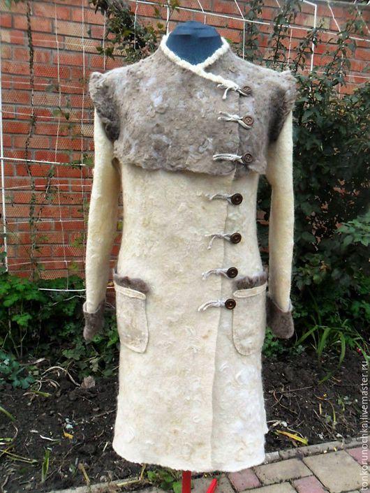 """Верхняя одежда ручной работы. Ярмарка Мастеров - ручная работа. Купить Валяное пальто """"Очарование"""". Handmade. Комбинированный"""