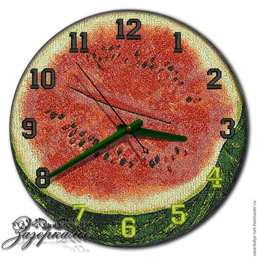 """Часы для дома ручной работы. Ярмарка Мастеров - ручная работа. Купить Кухонные часы """"Алый арбуз"""", техника Фотостежок. Handmade."""