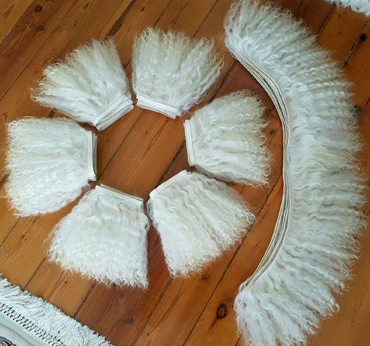 Куклы и игрушки ручной работы. Ярмарка Мастеров - ручная работа. Купить Волосы 23 см для кукол мохер (Локоны на шкурке козы). Handmade.