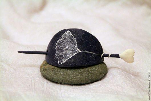"""Заколки ручной работы. Ярмарка Мастеров - ручная работа. Купить Заколка для волос или шарфа """"Гинко"""". Handmade. Темно-серый"""