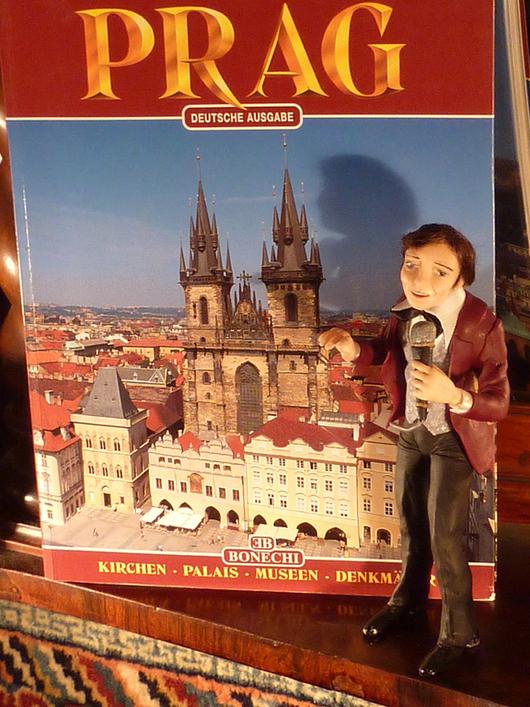 """Коллекционные куклы ручной работы. Ярмарка Мастеров - ручная работа. Купить Портретная кукла """"Золотой голос Праги"""". Handmade."""