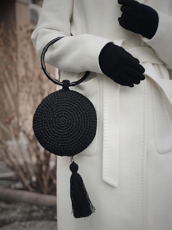 Сумки и аксессуары ручной работы. Ярмарка Мастеров - ручная работа. Купить Круглая сумочка. Handmade. Черный, стильный подарок