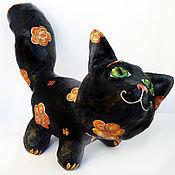 Мягкие игрушки ручной работы. Ярмарка Мастеров - ручная работа Чёрный кот в цветочек. Статуэтка, папье-маше, роспись.. Handmade.