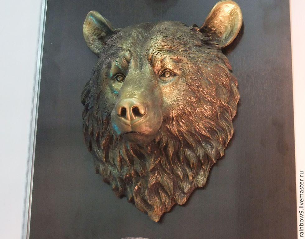 Голова медведя с глины