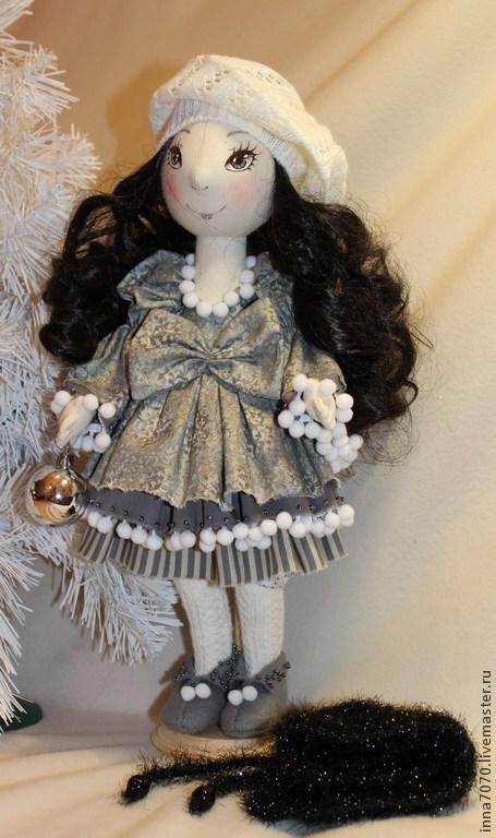 Коллекционные куклы ручной работы. Ярмарка Мастеров - ручная работа. Купить Зимняя брюнеточка.. Handmade. Серый, кукла текстильная