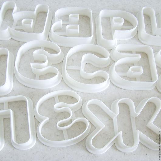 Любая буква алфавита (31 буква нет Й и Ё) или цифра (0, 1, 2, 3, 4, 5, 6, 7, 8 (9 и 6 одна форма)) под заказ. Шрифт Rounds высотой 8 см. Цена за 1 букву, при заказе пишите какие буквы нужно сделать.