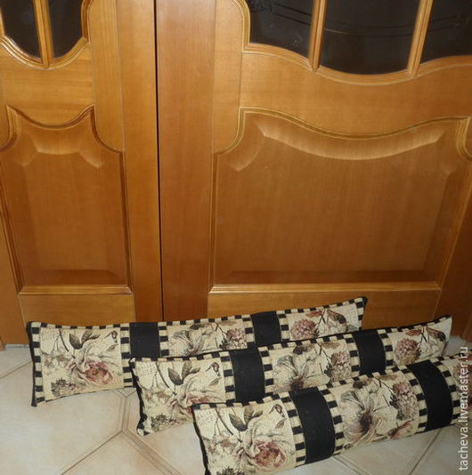 Текстиль, ковры ручной работы. Ярмарка Мастеров - ручная работа. Купить Подушки-валики  -от сквозняков. Handmade. Комбинированный, шитье, гобелен