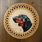 Картины и панно ручной работы. Ярмарка Мастеров - ручная работа Такса -  картина на берестяной тарелке. Handmade.