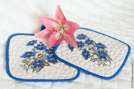 Кухня ручной работы. Ярмарка Мастеров - ручная работа. Купить Прихватки для горячего Синие цветы. Handmade. Прихватка, для кухни, подарок