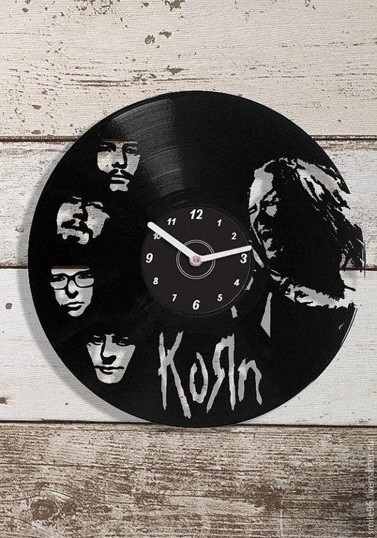 """Часы для дома ручной работы. Ярмарка Мастеров - ручная работа. Купить Часы из пластинки """"Korn"""". Handmade. Korn, clock"""