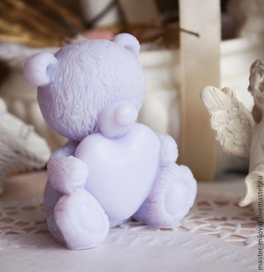 Мыло ручной работы. Ярмарка Мастеров - ручная работа. Купить Оливковое мыло ручной работы Влюбленный Тедди-валентинка сиреневый. Handmade.
