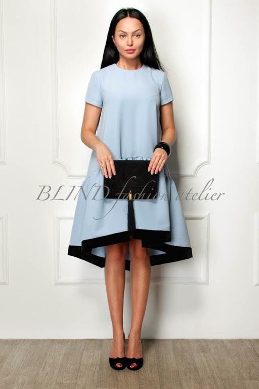 Платье с воланом снизу