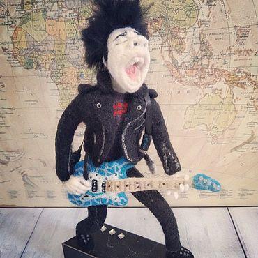Куклы и игрушки ручной работы. Ярмарка Мастеров - ручная работа Рок гитарист в технике сухого валяния. Handmade.
