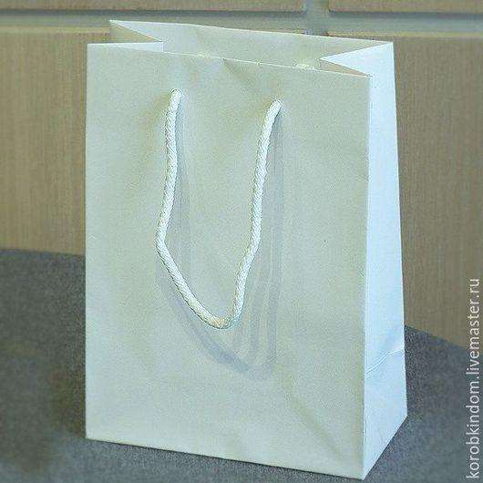 Упаковка ручной работы. Ярмарка Мастеров - ручная работа. Купить Пакет 14,5х21х8 белый с ручками веревочными. Handmade. Пакет
