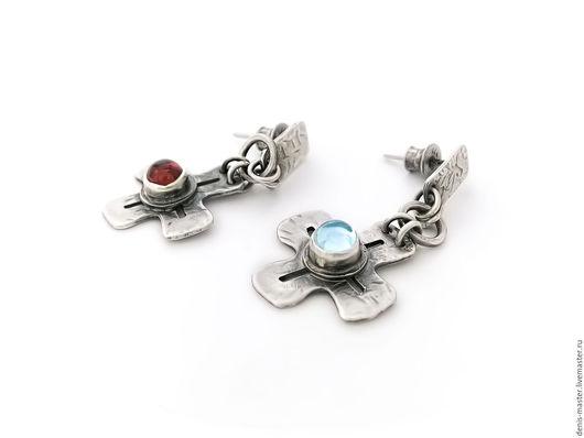 """Серьги ручной работы. Ярмарка Мастеров - ручная работа. Купить Серьги из серебра """"crosses"""" (серебро, топаз,гранат). Handmade. Белый"""