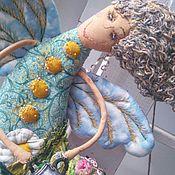 Куклы и игрушки ручной работы. Ярмарка Мастеров - ручная работа Лето и возможно ромашки...текстильная кукла феечка с леечкой. Handmade.