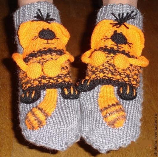 """Обувь ручной работы. Ярмарка Мастеров - ручная работа. Купить Вязаные носкотапки """"Котофеич"""". Handmade. Рыжий, подарок на любой случай"""