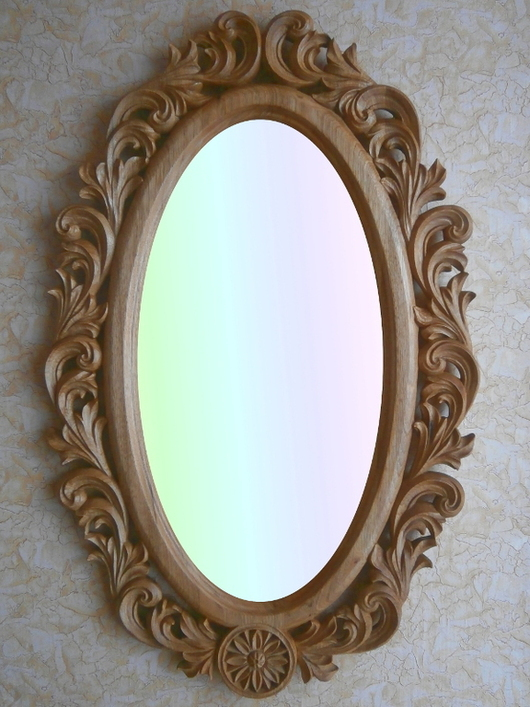Рама для зеркала. Натуральное дерево- орех.