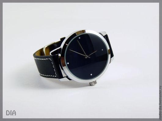 Оригинальные Дизайнерские Часы Черные С Белыми Точками. Студия Дизайнерских Часов DIA.
