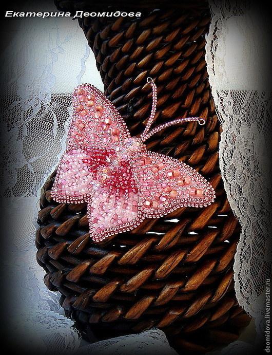 """Броши ручной работы. Ярмарка Мастеров - ручная работа. Купить """"Rose"""" брошь в виде бабочки. Handmade. Розовый, розовая брошь"""