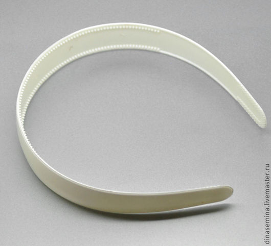 Ободок 25 мм пластик 1шт - 25руб белый и черный цвет