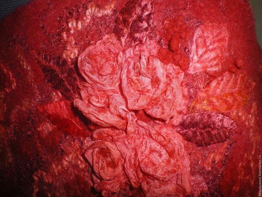 """Кофты и свитера ручной работы. Ярмарка Мастеров - ручная работа. Купить Кофта """"Алые розы"""". Handmade. Коралловый"""