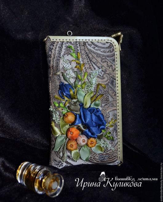 """Для телефонов ручной работы. Ярмарка Мастеров - ручная работа. Купить Чехол для телефона с угловым фермуаром вышивка лентами """" Ализе"""". Handmade."""