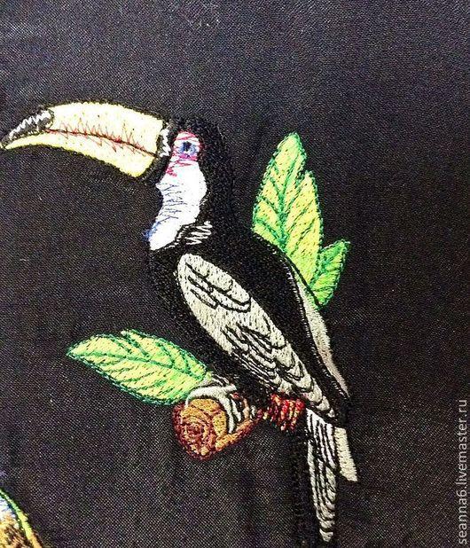 """Животные ручной работы. Ярмарка Мастеров - ручная работа. Купить Картина, картинка, панно вышитое """"Тропический тукан"""". Handmade."""