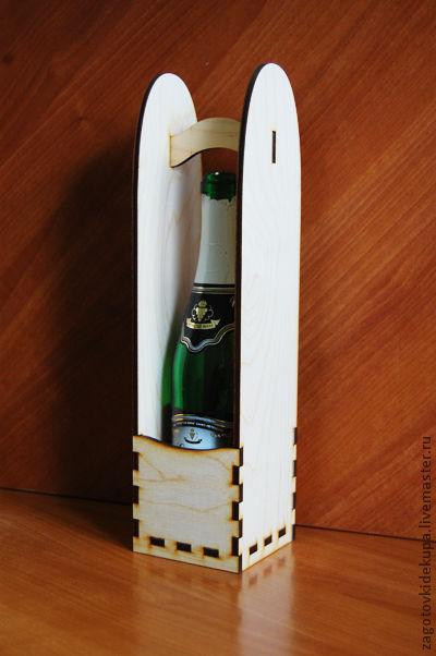 Подставка под бутылку универсальная (продается в разобранном виде) Размер: 10х10х40 см Материал: фанера 6 мм