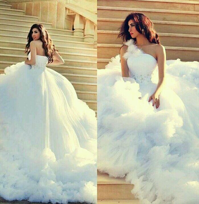 Свадебные платья как облако