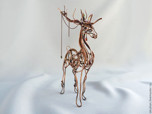 Статуэтки ручной работы. Ярмарка Мастеров - ручная работа. Купить Олень - скульптура из меди. Handmade. Коричневый, wire wrap