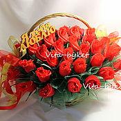 """Цветы и флористика ручной работы. Ярмарка Мастеров - ручная работа Букет из конфет в корзине """" Я тебя люблю"""" букеты из конфет. Handmade."""
