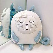 Куклы и пупсы ручной работы. Ярмарка Мастеров - ручная работа Подушка котик сплюшка. Handmade.