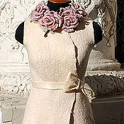 """Одежда ручной работы. Ярмарка Мастеров - ручная работа Светлый валяный жилет """"Жемчуг в розах"""". Handmade."""
