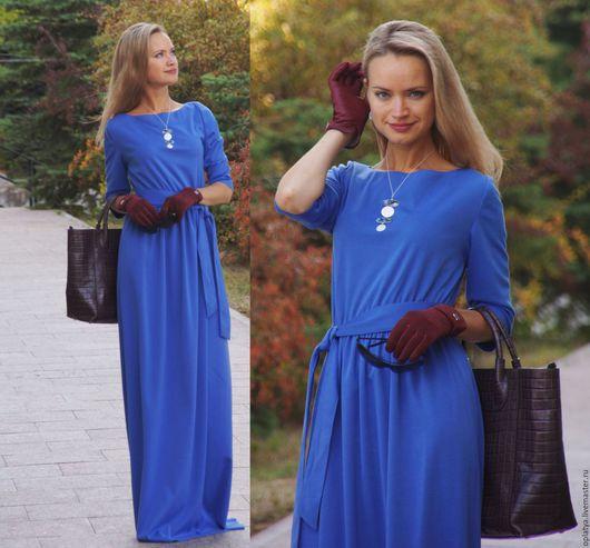теплое трикотажное синее платье