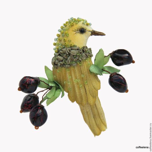 Броши ручной работы. Ярмарка Мастеров - ручная работа. Купить Текстильная брошь-птица «Оливия». Вышитая бисером брошь.. Handmade.