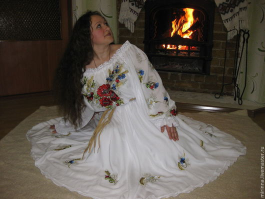"""Платья ручной работы. Ярмарка Мастеров - ручная работа. Купить Вышитое платье""""Маки в васильках""""авторская ручная работа. Handmade. Белый"""