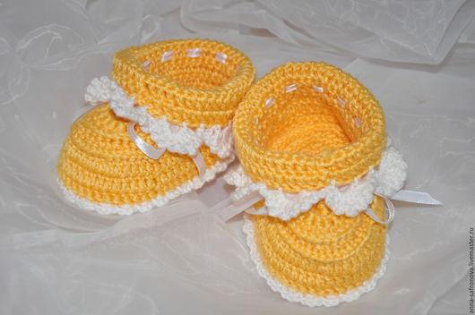 """Для новорожденных, ручной работы. Ярмарка Мастеров - ручная работа. Купить Пинетки """"Солнечный зайчик"""". Handmade. Желтый, пинетки для новорожденных"""