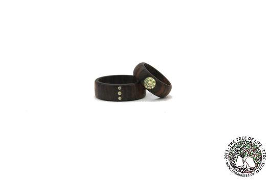 Кольца ручной работы. Ярмарка Мастеров - ручная работа. Купить Деревянные кольца с фианитами. Handmade. Подарок девушке, свадьба, фианит