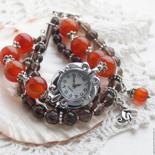 """Часы ручной работы. Ярмарка Мастеров - ручная работа. Купить """"Символ года"""" - часы-талисман (сердолик, раухтопаз). Handmade. Рыжий"""