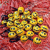 Подарки к праздникам ручной работы. Ярмарка Мастеров - ручная работа Орешки с предсказаниями - тыквы на Хэллоуин. Handmade.