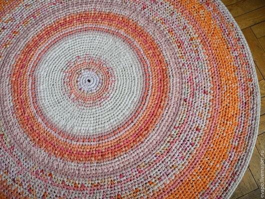 """Текстиль, ковры ручной работы. Ярмарка Мастеров - ручная работа. Купить Коврик """"Рассветный"""". Handmade. Коралловый, Вязание крючком, пряжа"""