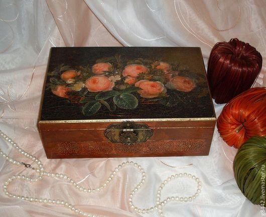 """Шкатулки ручной работы. Ярмарка Мастеров - ручная работа. Купить Шкатулка для украшений """"Старинные розы"""". Handmade. Коричневый, подарок, на юбилей"""