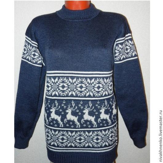 Кофты и свитера ручной работы. Ярмарка Мастеров - ручная работа. Купить Свитер вязаный  с оленями и норвежским орнаментом. Handmade.