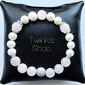 Украшения handmade. Livemaster - original item Delicate bracelet made of freshwater pearls and rose quartz. Handmade.