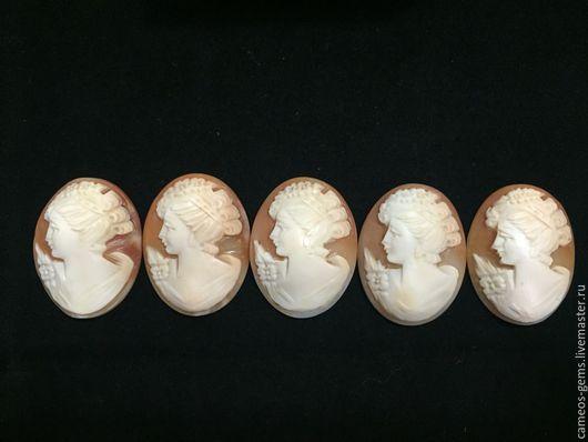 Комплекты украшений ручной работы. Ярмарка Мастеров - ручная работа. Купить Камеи на натуральной раковине. Handmade. Бежевый, брошь с камеей