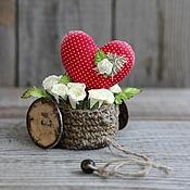 Подарки к праздникам ручной работы. Ярмарка Мастеров - ручная работа Корзинка с сердечком. Для влюбленных.. Handmade.