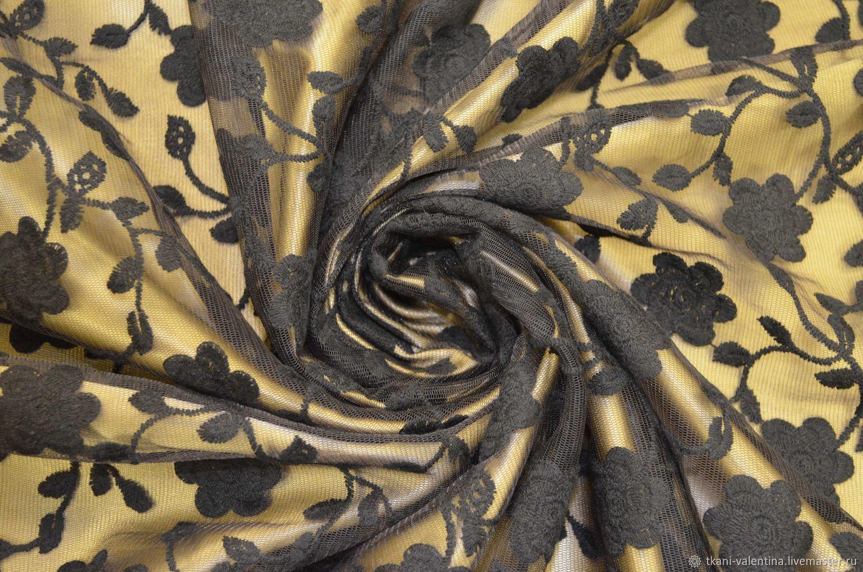 Сетка с вышивкой черная 596